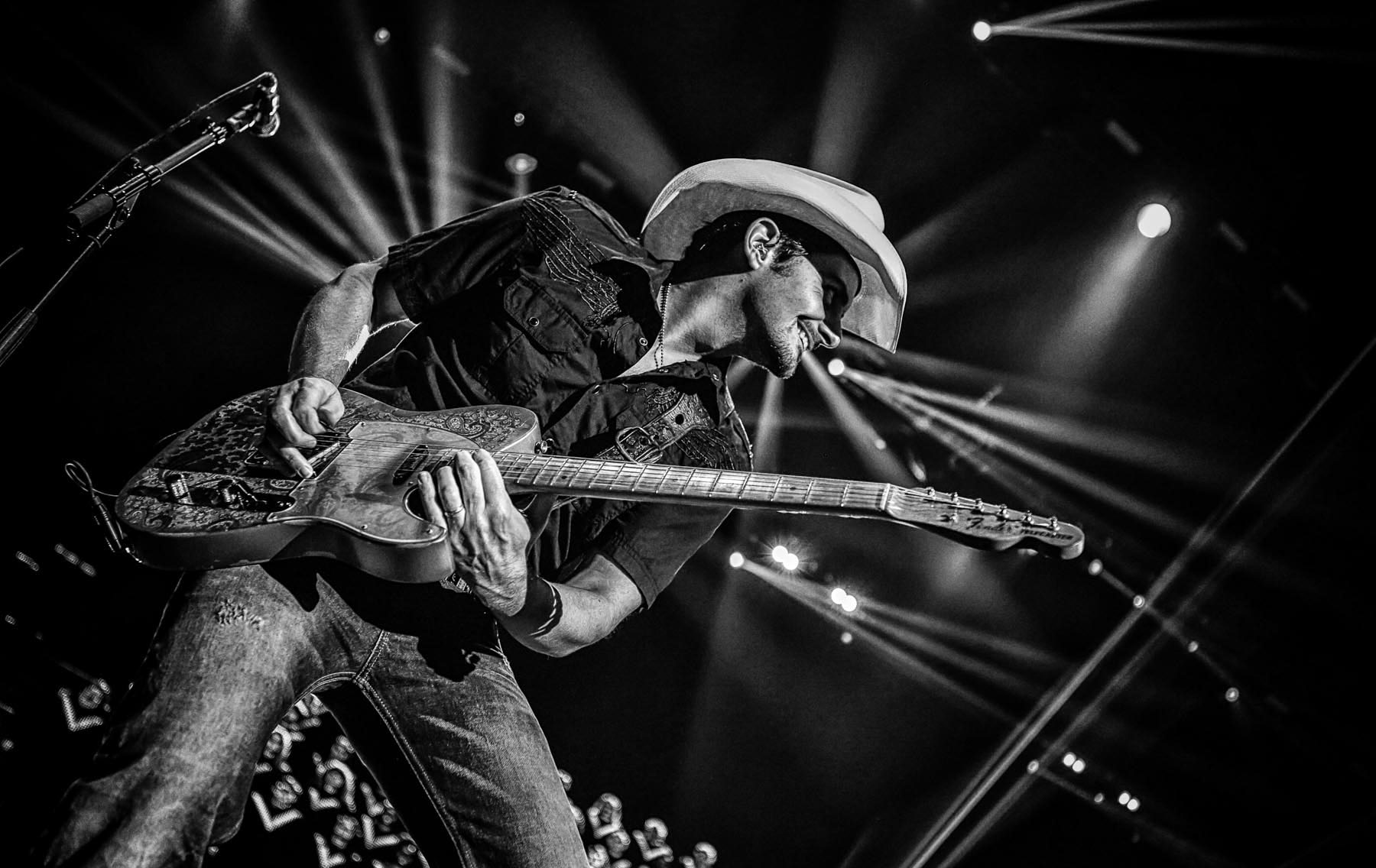 Brad Paisley at the O2 by Christie Goodwin